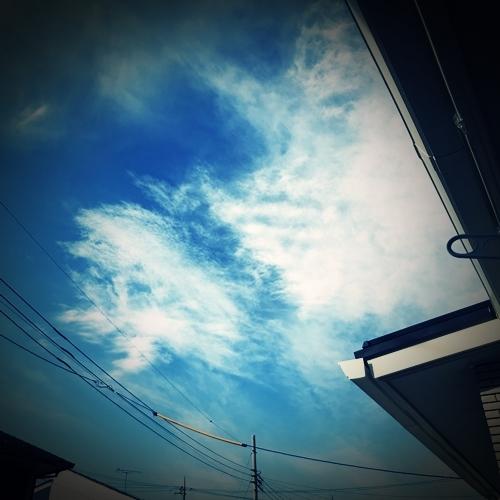 旅立ちの日の空