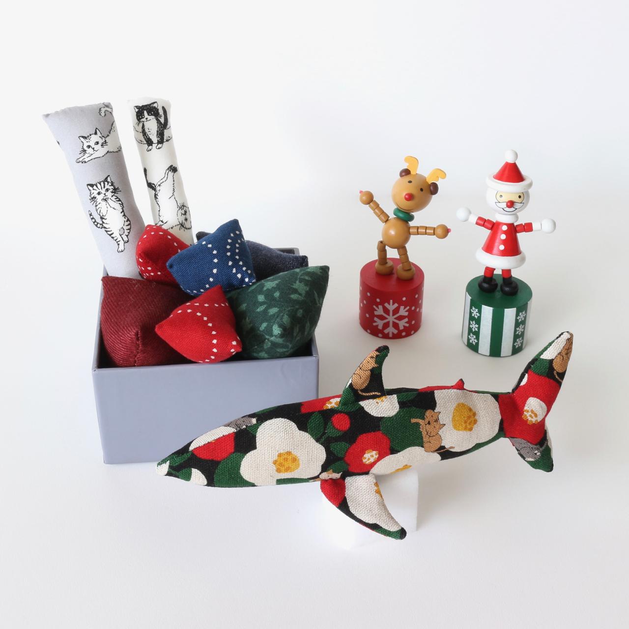 クリスマス 椿猫サメ