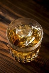 飲み物-ウイスキーロック