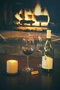 飲み物-ワインと暖炉