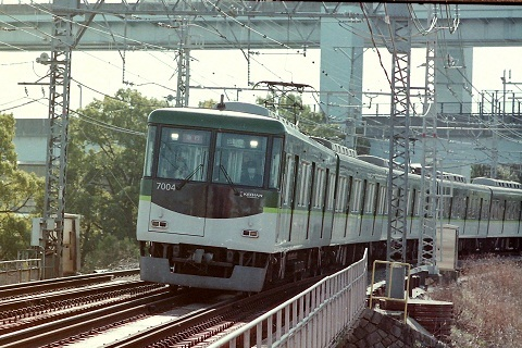 kh7000-4.jpg