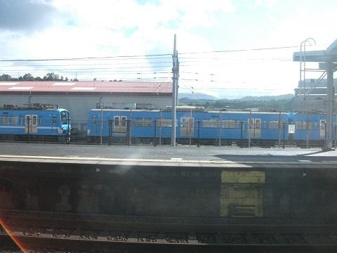 oth-train-385.jpg