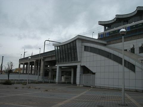 oth-train-419.jpg