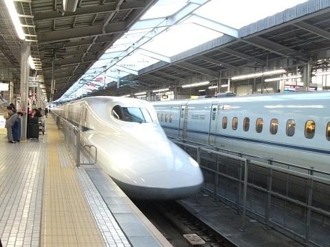 shinkansen-N700-26.jpg