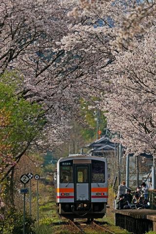 200404三浦駅8