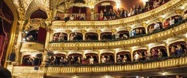 theatre standing