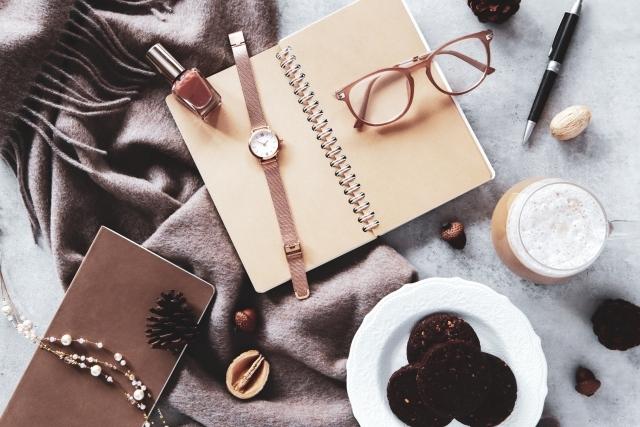 写真AC 茶色マフラー時計ネックレス小物
