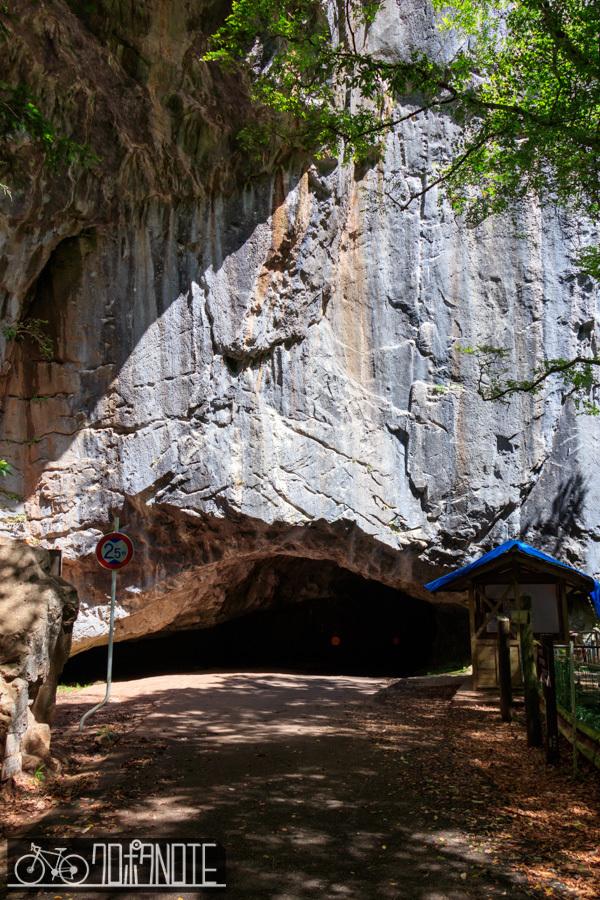 羽山トンネル