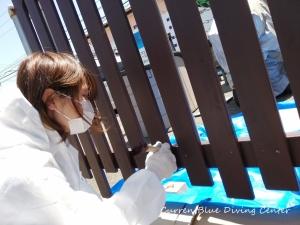 店舗改装柵塗装ちびっこガンバった! (2)