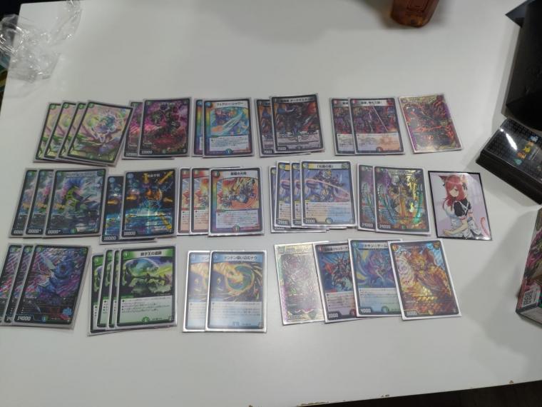 香港のショップ『Card Slash』の1ブロック大会(非公認12人)優勝 5C蒼龍コン Mosouさん