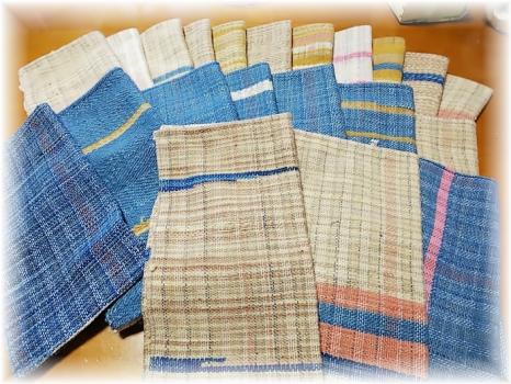 手紡ぎ綿のハンカチ