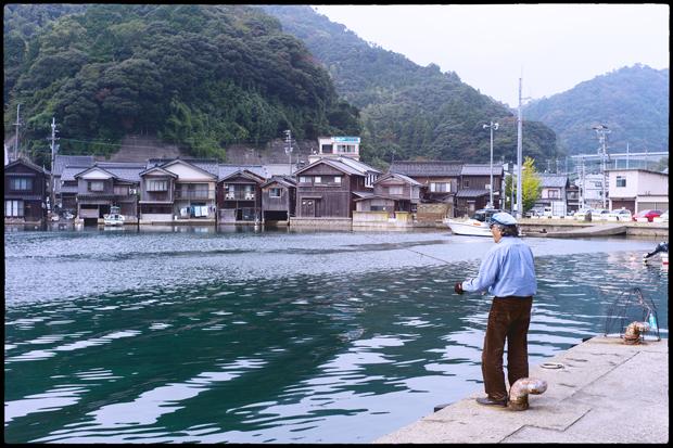 伊根の釣り人