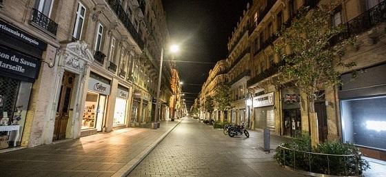 パリ、夜間外出禁止