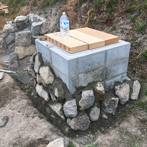 【DIY】畑にピザ窯とコンロを作る!② ~自然石の利用法~⑧