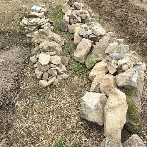 【DIY】畑にピザ窯とコンロを作る!① ~自然石と人口石の処理~②