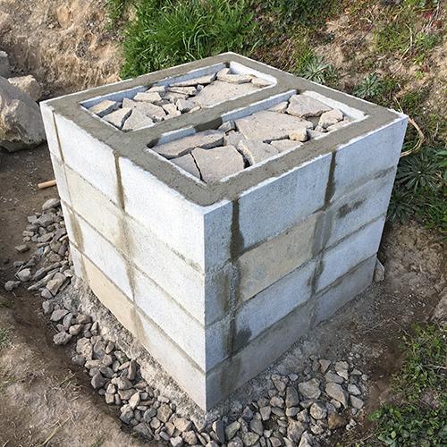 【DIY】畑にピザ窯とコンロを作る!① ~自然石と人口石の処理~⑦