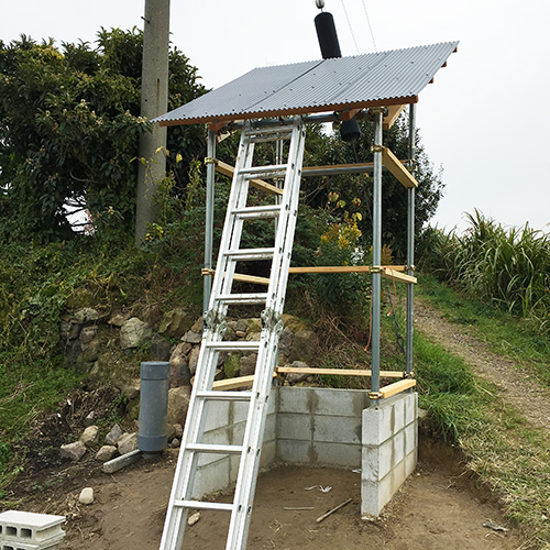 【DIY】畑に物置とトイレを作る! ~骨組み・屋根~⑦