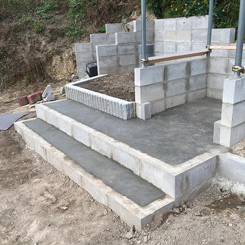 【DIY】畑に物置とトイレを作る! ~土留めを兼ねた階段を作る~⑧