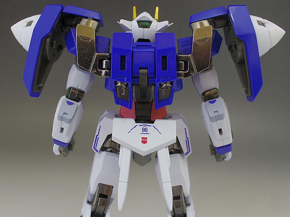 METAL ROBOT魂 ダブルオー ザンライザー18