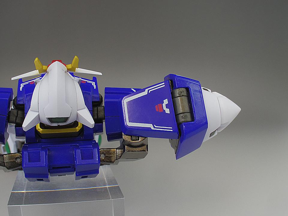 METAL ROBOT魂 ダブルオー ザンライザー32