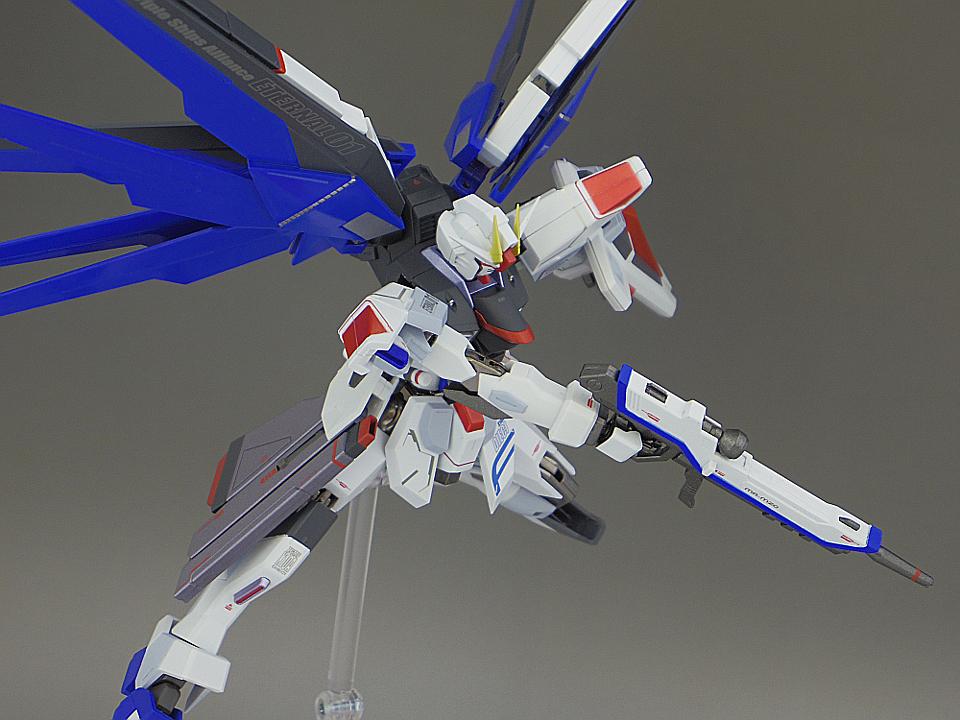 METAL ROBOT魂 フリーダムガンダム106