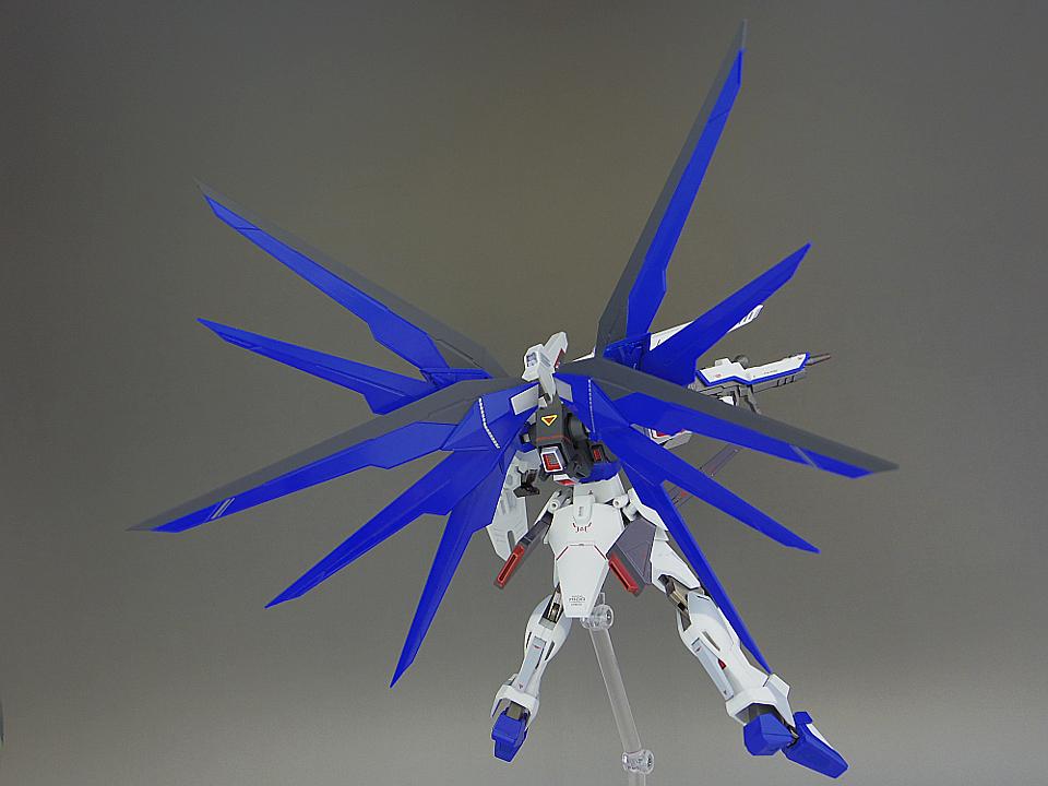 METAL ROBOT魂 フリーダムガンダム110