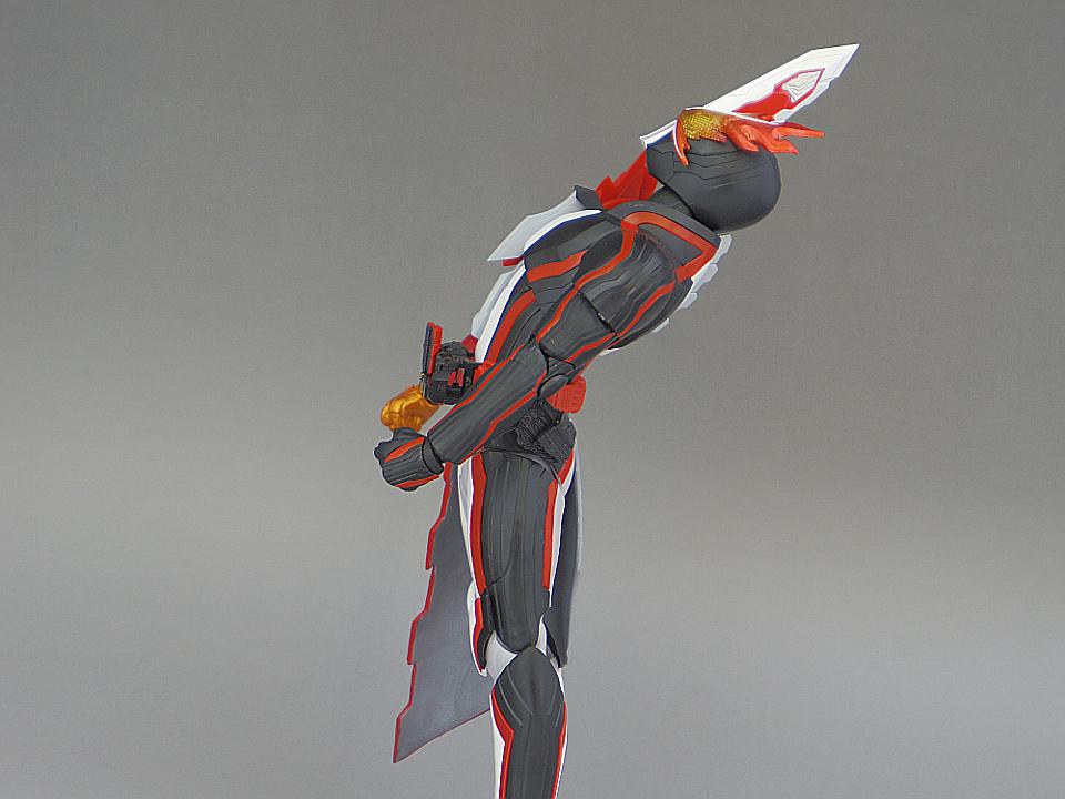SHF セイバー ブレイブドラゴン67