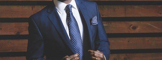 business-suit-690048_640.jpg