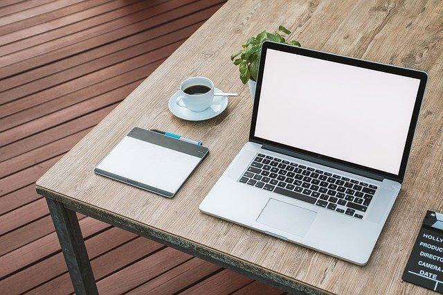 laptop-2443052_640.jpg