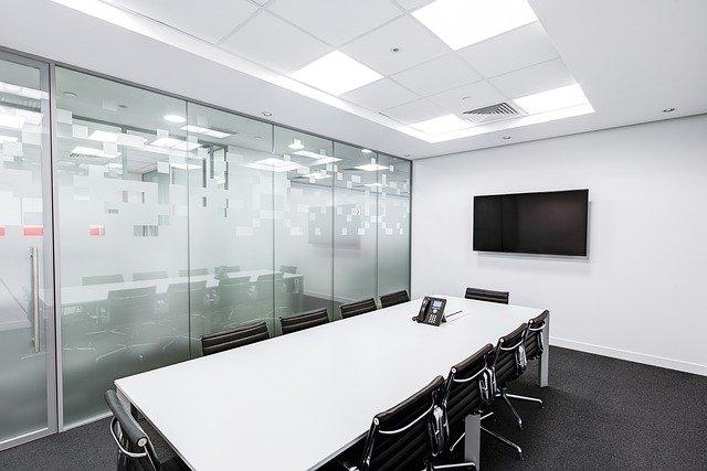 meeting-room-730679_640.jpg