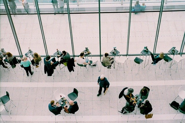 meetings-1149198_640.jpg