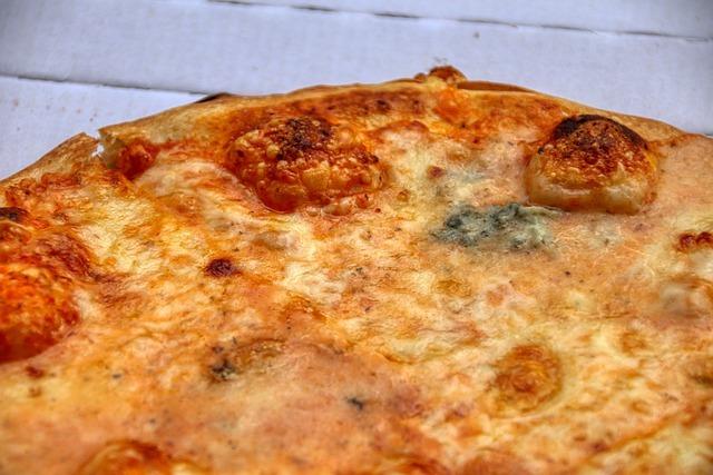 pizza-5215511_640.jpg