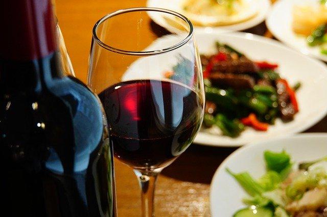 wine-4254078_640.jpg