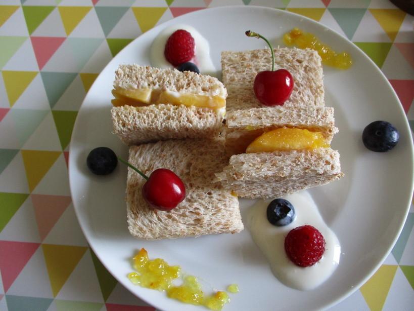 fruit_sand_con_pesca_gialla_yogurt_di_pesca200526