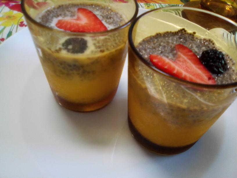 latte_con_mango_e_semi_di_chia3_200505