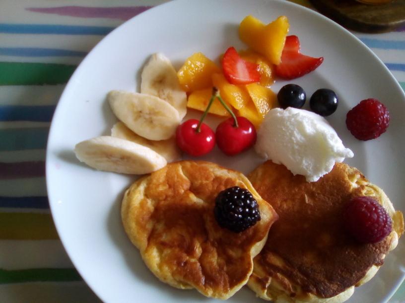 pancake_al_kinako_con_gelato_al_latte_e_frutta200516