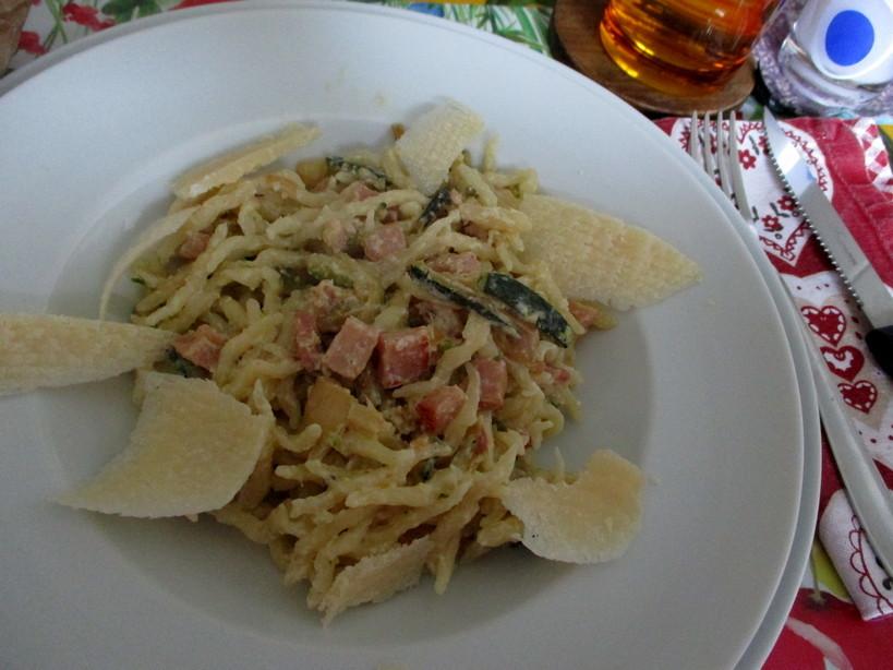 trofie_alla_panna_con_prosciutto_cotto_e_zucchini3_210215