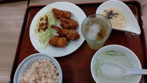 鶏から揚げととろろご飯定食