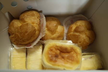半熟チーズとシュークリーム