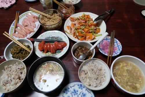 魚肉ソーセージの野菜炒め、めんたいこ、さんらーたん