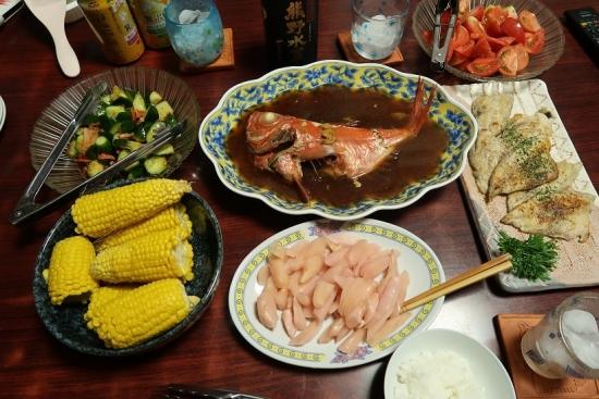 キンメダイの煮付け、とうもろこし、岩下の新生姜、ワカナゴのムニエル