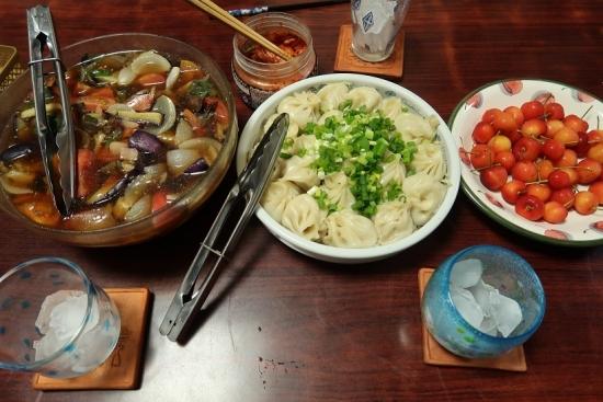 夏野菜の揚げびたし、ショウロンポー、高森町のさくらんぼ