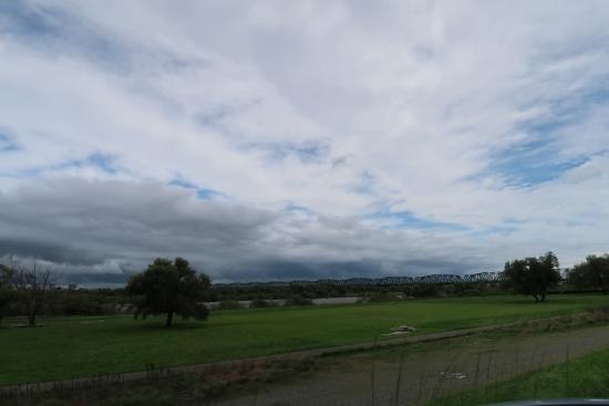 天竜川河川敷の空