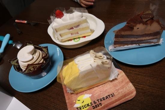 チョコ生ケーキ、笠間産和栗のモンブラン、芋栗かぼちゃロール、プレミアムショート、たっぷりクリームの切り株ケーキ