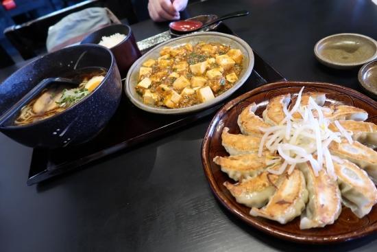 餃子と麻婆豆腐
