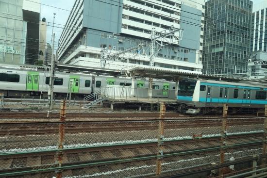 新幹線から電車 東京都