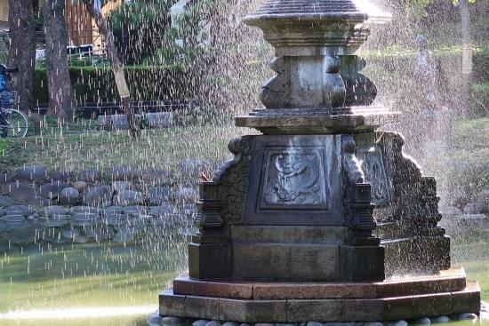 日比谷公園 鶴噴水 小鳥?