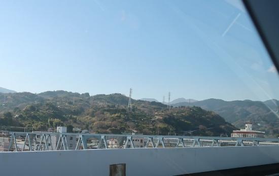 西湘バイパス 新幹線