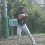 5回裏、鎌田が適時二塁打を放つ