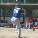 4回表、先頭の伊藤幸が安打で出塁
